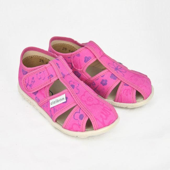 ca1b0b418b67 Dievčenské papuče Ciciban SCREEN - CICIBAN
